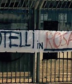 Palermo taraftar� pankart a�t�