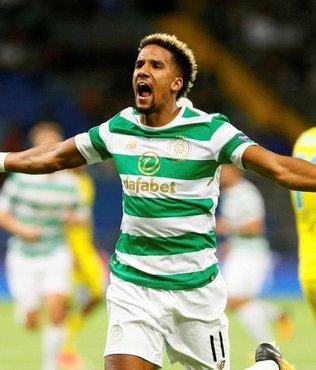 Celtic gruplara yükseldi