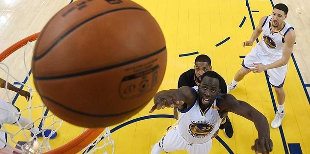 Warriors eyeing record after Game 3
