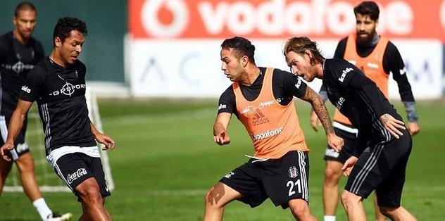 Beşiktaş, Napoli deplasmanında