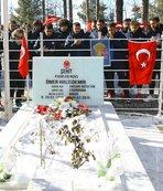 1461 Trabzon'dan Ömer Halisdemir'in kabrine ziyaret