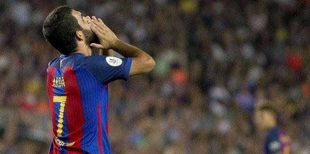 Valverde milli futbolcuya şans vermiyor